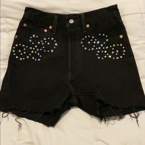NWOT Levi's rib cage shorts with studs